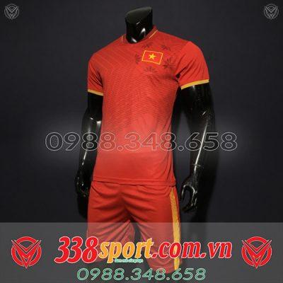 Áo bóng đá Việt Nam đỏ hot